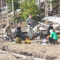 Aspiro students stopping for lunch in the wilderness